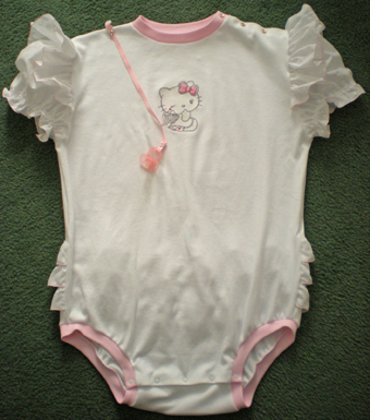 baby set with hello kitty angel embroidery